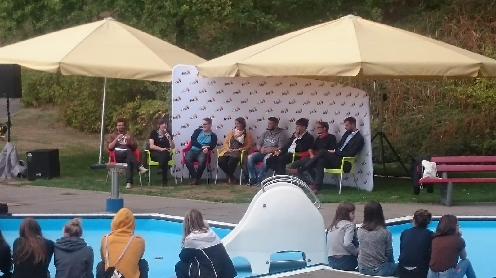 Podiumsdiskussion im Schwimmbad – auch mal eine Erfahrung wert!